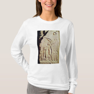 Schilderung von Amenophis IV, von Nefertiti und T-Shirt