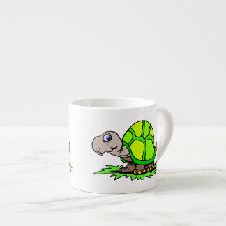 Schildkröte auf Gras Espressotasse