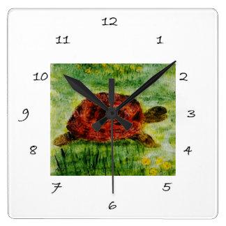 Schildkröte in der Garten-Reptil-Tier-Kunst Quadratische Wanduhr