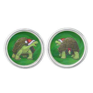 Schildkröte in der Weihnachtsmannmütze auf Grün Manschettenknöpfe