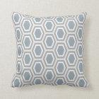 Schildkröten-Hexagon-Muster-blaues Grau-TAN-Weiß Kissen