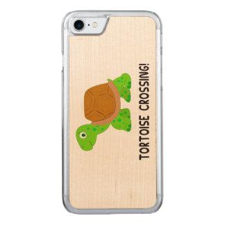 Schildkröten-Überfahrt Carved iPhone 8/7 Hülle