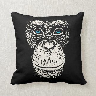 Schimpanse-Gesicht mit blauen Augen Zierkissen