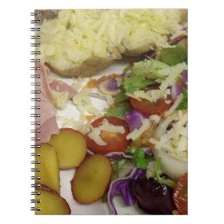 Schinken-Salat und Kleiden Notizblock