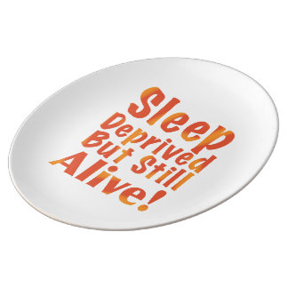 Schlaf beraubt aber noch lebendig in den teller