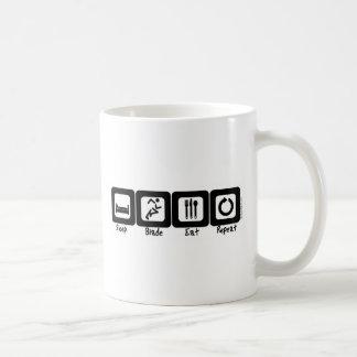 Schlaf-Blatt essen Wiederholung Kaffeetasse