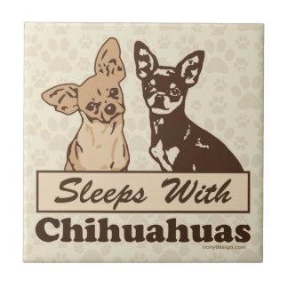 Schlaf mit Chihuahua Fliese