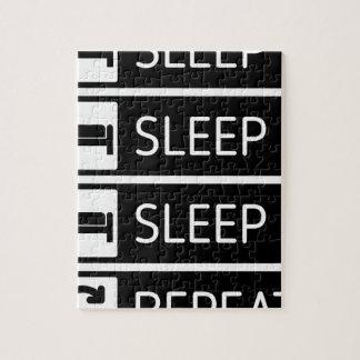 Schlaf-Schlaf-Schlaf-Wiederholung Puzzle