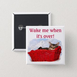 Schlafenkätzchen im hellen roten Korb Quadratischer Button 5,1 Cm