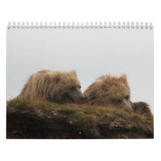 Schläfriger Bär Wandkalender