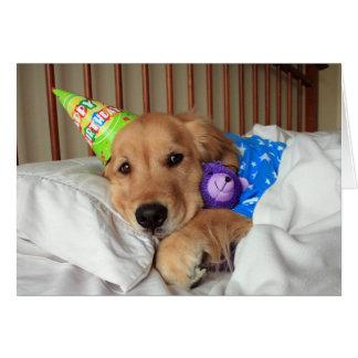 Schläfriges golden retriever im Pyjama-Geburtstag Karte