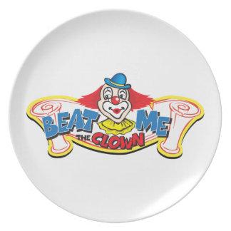 Schlagen Sie mich der Clown Teller