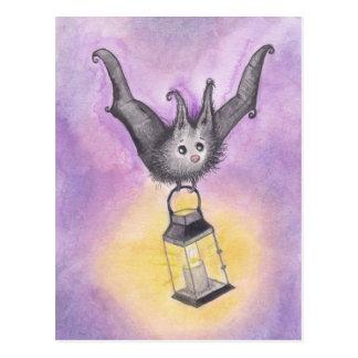 Schläger, der eine Laterne hält Postkarte