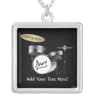 Schlagzeuger-Trommel-Ausrüstungs-personalisierte Halskette Mit Quadratischem Anhänger