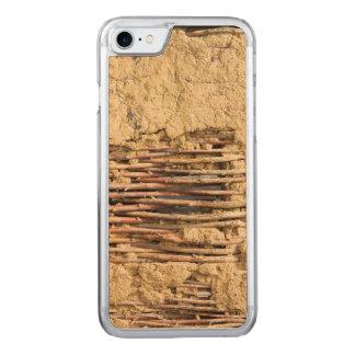 Schlamm- und Zweigwand Carved iPhone 8/7 Hülle