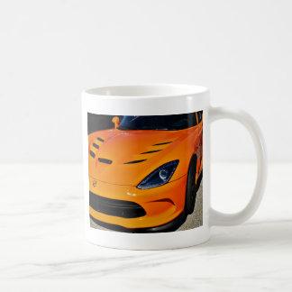 Schlange gebissen kaffeetasse
