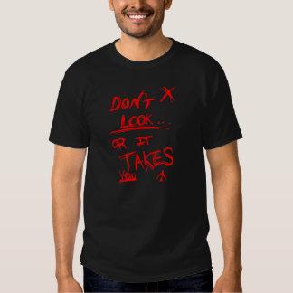 Schlank: Schauen Sie nicht auf Schwarzem rot Tshirts
