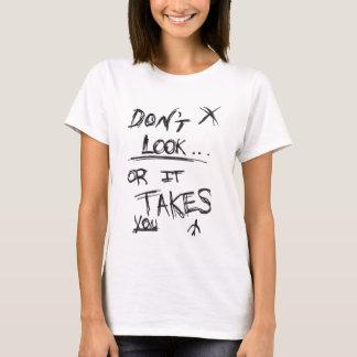 Schlank: Schauen Sie nicht weiß T-Shirt