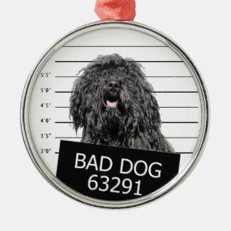 Schlechter Hund Rundes Silberfarbenes Ornament