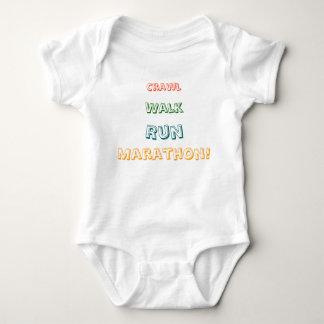 Schleichen, Weg, Lauf, Marathon! Baby Strampler