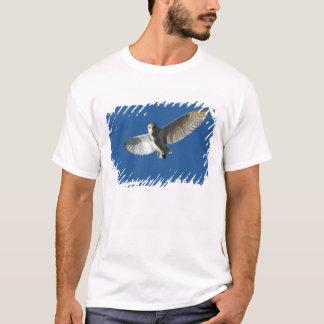 Schleiereule im Tagesflug T-Shirt