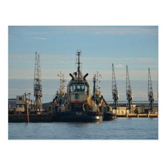 Schlepper-Boot auf dem Medway Postkarte