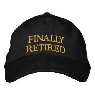 Schließlich pensionierte gestickte Kappe