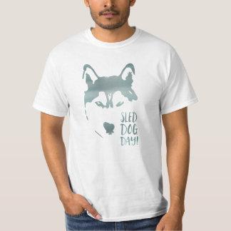 Schlitten-Hundstag Hemden