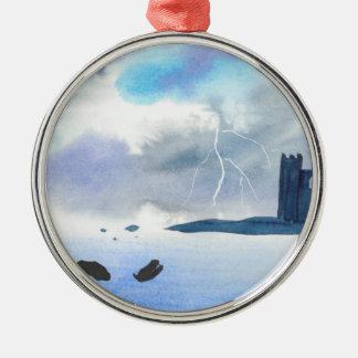 Schloss durch das Meer Rundes Silberfarbenes Ornament