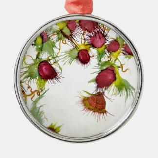 Schmetterling auf roten Beeren Rundes Silberfarbenes Ornament