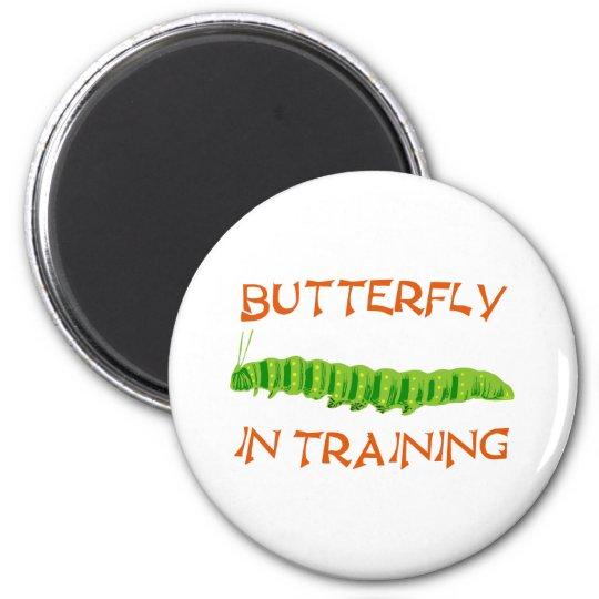 Schmetterling in Ausbildung butterfly In Training Runder Magnet 5,7 Cm