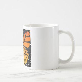 Schmetterling küsst Blumenengels-Grafikdesign Tasse