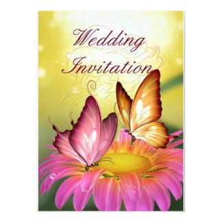 Schmetterlinge auf rosa Blumen-Hochzeits-Einladung
