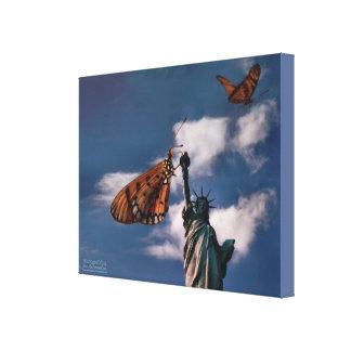 Schmetterlinge und Miss Liberty Leinwanddruck