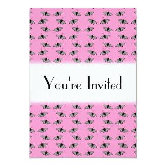 Schmetterlings-Muster auf Rosa 12,7 X 17,8 Cm Einladungskarte