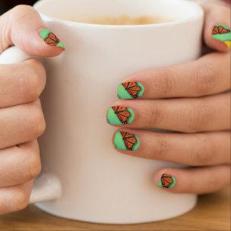 Schmetterlings-Nägel Minx Nagelkunst