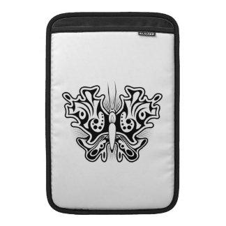 Schmetterlings-Tätowierung Schwarzweiss MacBook Air Sleeve