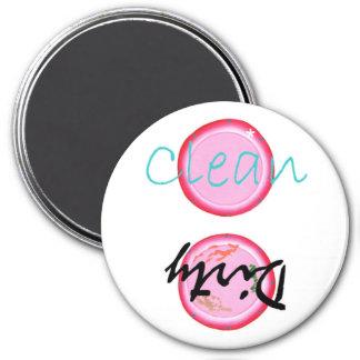 Schmutzige saubere Spülmaschinenmagneten rosa Tel
