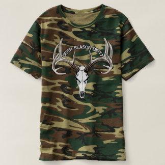 Schmutziges Camouflage-Shirt der T-shirt