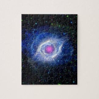 Schneckennebelfleck-ultraviolettes Auge des Puzzle
