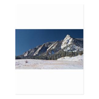 Schnee abgewischtes Flatirons Boulder Colorado Postkarte