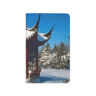 Schnee bedeckte Pagodegazebo-Winter-Szenen-Foto Taschennotizbuch