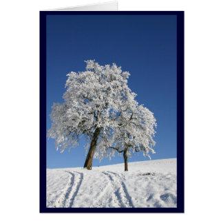 Schnee umfaßte Hügel-Weihnachten Grußkarte