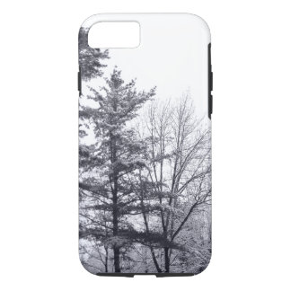 Schneebedeckte Bäume: Vertikales iPhone 8/7 iPhone 8/7 Hülle