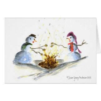 Schneemänner durch die Feuer-Grußkarte