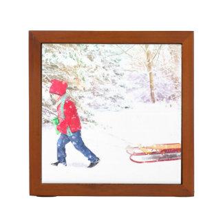 Schneewinterschlittenjungen-Weihnachtsfeiertage Stifthalter
