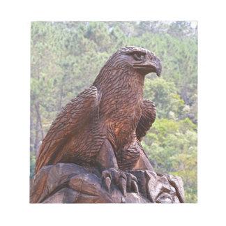 Schnitzendes Eagle-Totem, Portugal 2 Notizblock