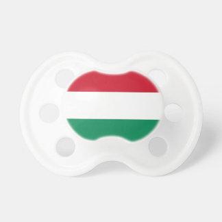 Schnuller mit Flagge von Ungarn