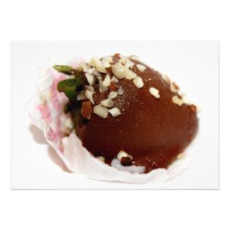 Schokolade bedeckte Erdbeere Ankündigung