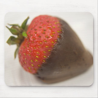 Schokolade bedeckte Erdbeere Mousepad